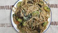 veggie pasta with meatballs